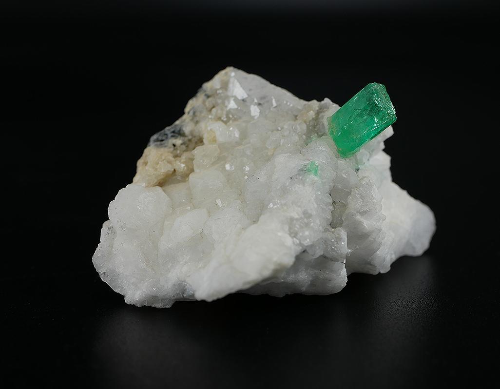 Smaragd-Naturkristall