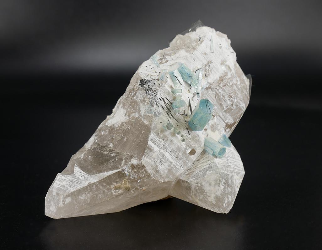 Aquamarin-Naturkristall