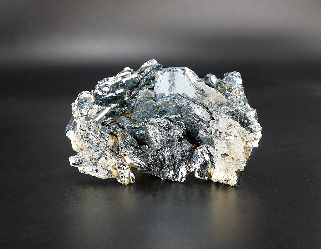 Hämatit-Naturkristall