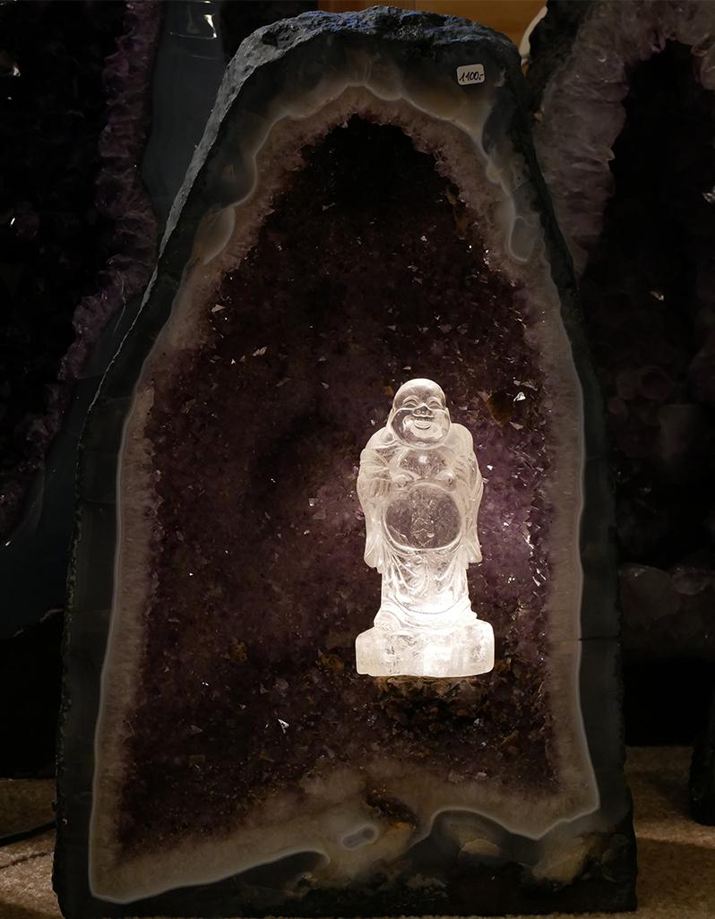 Amethyst-Kopf mit Bergkristall-Buddha