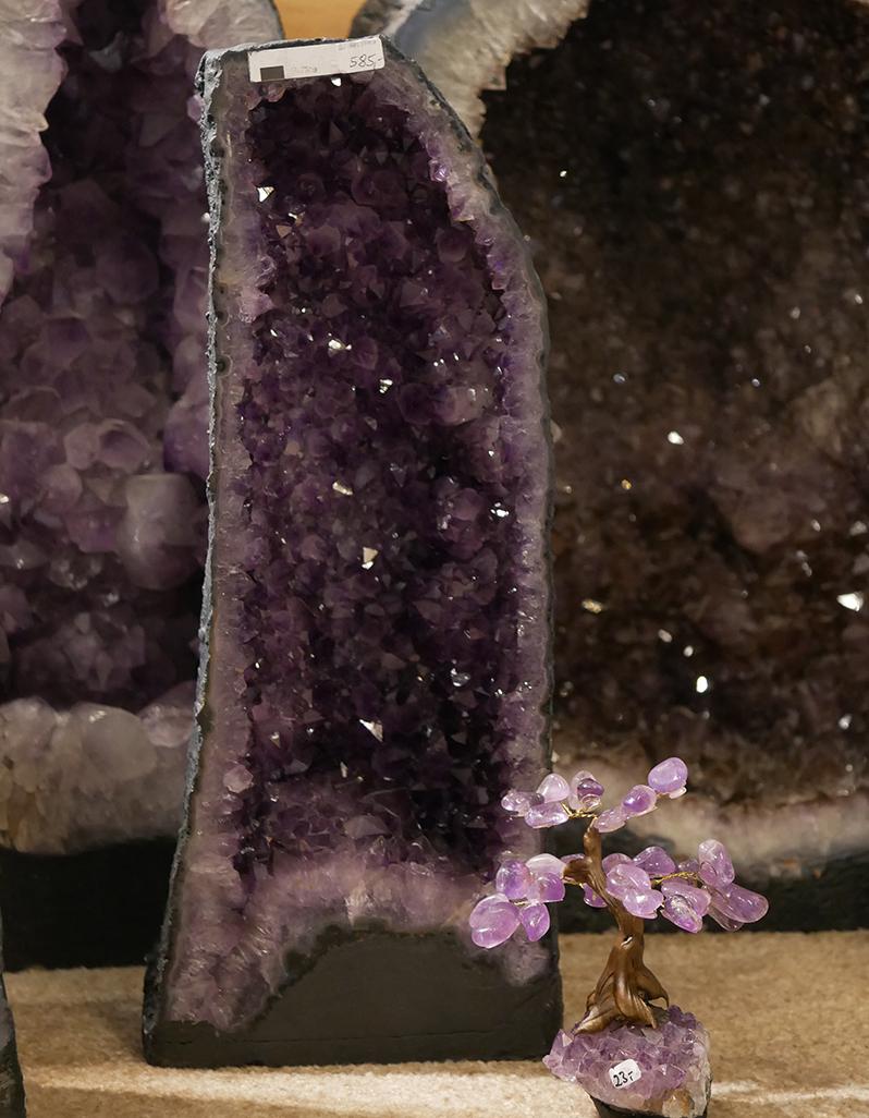 feine Amethyst-Geode